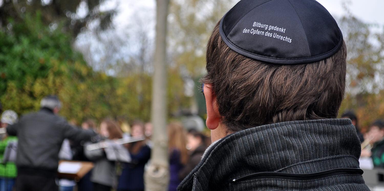 Besuch des jüdischen Friedhofs